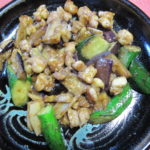 鶏軟骨とナスの味噌炒め